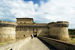 Fästning av Rocca Roveresca som lokaliseras i Senigallia i den Marche regionen i landskapet av Ancona För lopp och historisk conc Fotografering för Bildbyråer