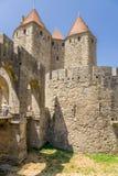 1280) fästning för siktsNarbonne port (av Carcassonne, Frankrike UNESCOlista Arkivbild