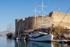 Fästning i Kyrenia (Girne), norr Cypern Arkivfoto