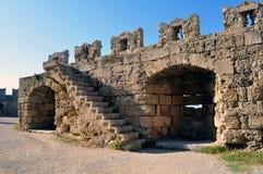 fästning medeltida rhodes Arkivbilder