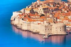 Fästning och vägg av Dubrovnik arkivbild