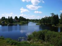 Fästning på sjön, i soligt väder royaltyfria bilder