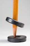få att sväva magneter som motsätter två Arkivbilder