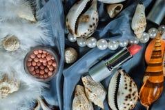 få lilla tingkvinnor Royaltyfri Foto