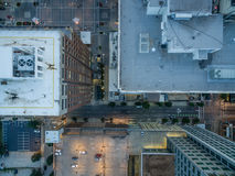 Fågels sikt för öga av i stadens centrum Raleigh, NC Arkivbilder