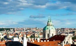 Fågelsikt av gamla Prague Royaltyfria Bilder