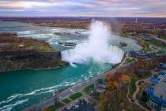Fågelsikt av Niagara Falls Royaltyfri Foto