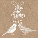 Fåglar och mistel Vektorillustration på kraft papper Christm Royaltyfria Bilder