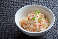 fånga krabbor för mayonnaiselöken för ägg den gröna isolerade kryddan för sallad för ärtor för parsley Royaltyfria Foton