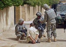 Fångad revoltör Baghdad OIF Fotografering för Bildbyråer