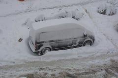 Fångas i snön Fotografering för Bildbyråer