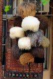 Fårhattar i marknad på den gamla staden, Icheri Sheher _ Arkivfoto
