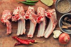 Fårköttet ribs okokt Arkivfoto