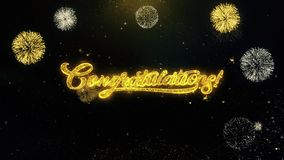 Félicitations écrites des particules d'or éclatant l'affichage de feux d'artifice illustration stock