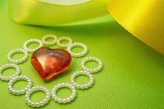 Félicitations de décoration avec le festin du saint Valentine, une déclaration de l'amour et l'expression des sentiments Photographie stock libre de droits