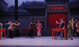 Félicitez l'acte d'amis-Le d'abord des événements de drame-Shawan de danse du passé Photo libre de droits