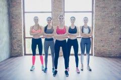 Féminité, sport, vitalité, santé, perte de poids, bodycare, beauté photographie stock libre de droits