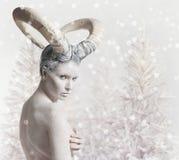 Fêmea com arte corporal da cabra Fotografia de Stock Royalty Free