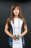 Fêmea com câmera do filme Imagem de Stock