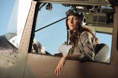 Fêmea do aviador foto de stock royalty free