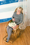 Fêmea grávida envelhecida média bonita imagens de stock royalty free
