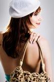 Fêmea nova com um saco de mão Imagem de Stock Royalty Free
