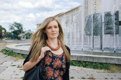 Fêmea profissional urbana Fotos de Stock Royalty Free