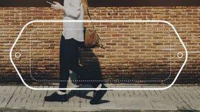 A fêmea Streetwalk fora o conceito do gráfico da bandeira Imagens de Stock Royalty Free