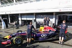 Fórmula 1 Red Bull que compite con las fotos automotrices F1 Imagen de archivo libre de regalías