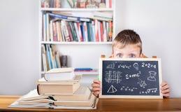 Fórmulas da matemática, educação e conceito do conhecimento Parte traseira da placa de giz Imagem de Stock Royalty Free