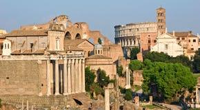 Fórum e coliseu romanos. Imagem de Stock Royalty Free