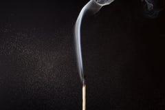 Fósforo de fumo Fotografia de Stock Royalty Free
