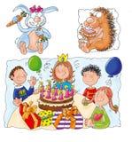 Födelsedag med kakan och stearinljus, barns parti Royaltyfri Fotografi