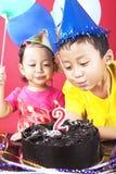 födelsedagdeltagare två Arkivbild