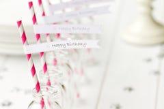 födelsedagdeltagarerefreshments Royaltyfri Foto