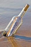 födelsedagflaskmeddelande Royaltyfri Bild