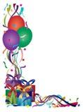 FödelsedagPresents med band och konfettiar Arkivfoto