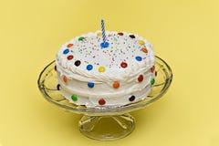 Födelsedagtårta royaltyfri fotografi