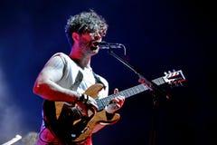 Föl (engelsk indie rockband från Oxford) utför på den Heineken Primavera ljudfestivalen 2014 Royaltyfri Foto