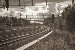 följ järnvägspåret Arkivbild
