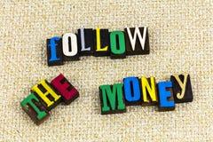 Följ pengarredovisningen arkivfoton