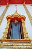 Fönster av den Bangpai templet Nontaburi Thailand Royaltyfria Bilder