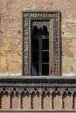 Fönster av den handels- House i Mantua, Italien Arkivfoton