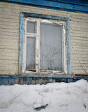 Fönster av en gammal stuga Royaltyfri Foto