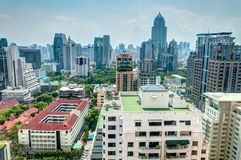 fönster för bangkok hotellsikt Arkivbild