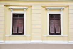 fönster för gammal stil Royaltyfria Bilder
