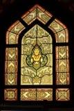 fönster för nedfläckad stil för exponeringsglas thai traditionellt Arkivbild