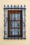 fönster för säkerhet för stångjärn Arkivfoton
