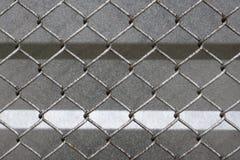 Fönster för vit för vägg för ton för stålfönsterbur arkivbilder
