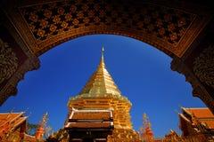fönster för wat för suthep för phra för chiangdoimai Royaltyfria Foton